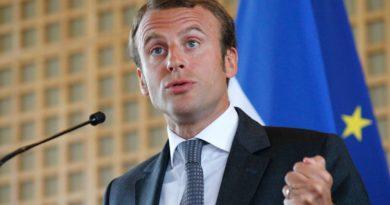 koloniální Francie Macron, pokec24