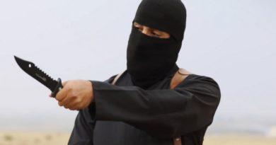 Sťatý učitel teroristický útok v Paříži Čečenec, pokec24
