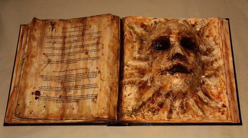 kniha z lidské kůže